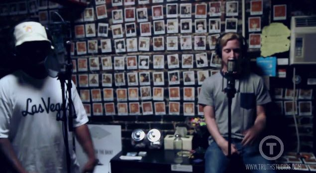 """Watch: Chuck Inglish and Asher Roth Performing """"For the Love"""" Live at Truth Studios- http://getmybuzzup.com/wp-content/uploads/2013/12/Chuck-Inglish-and-Asher-Roth-600x327.jpg- http://getmybuzzup.com/watch-chuck-inglish-asher-roth-performing-love-live-truth-studios/-  Chuck Inglish and Asher Roth Performing """"For the Love"""" Live at Truth Studios Chuck Inglish and Asher Roth performing """"For The Love"""" live in the studio. The track is off Droptops available"""
