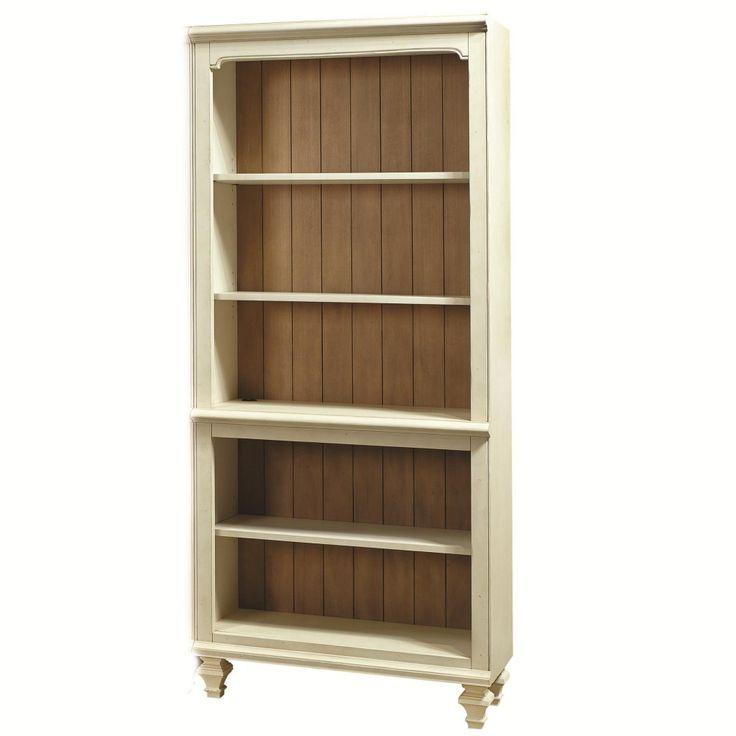 lemari pajangan minimalis clasik. dengan bahan baku kayu mahogany solid ini di produksi oleh empat putra furniture asli jepara.