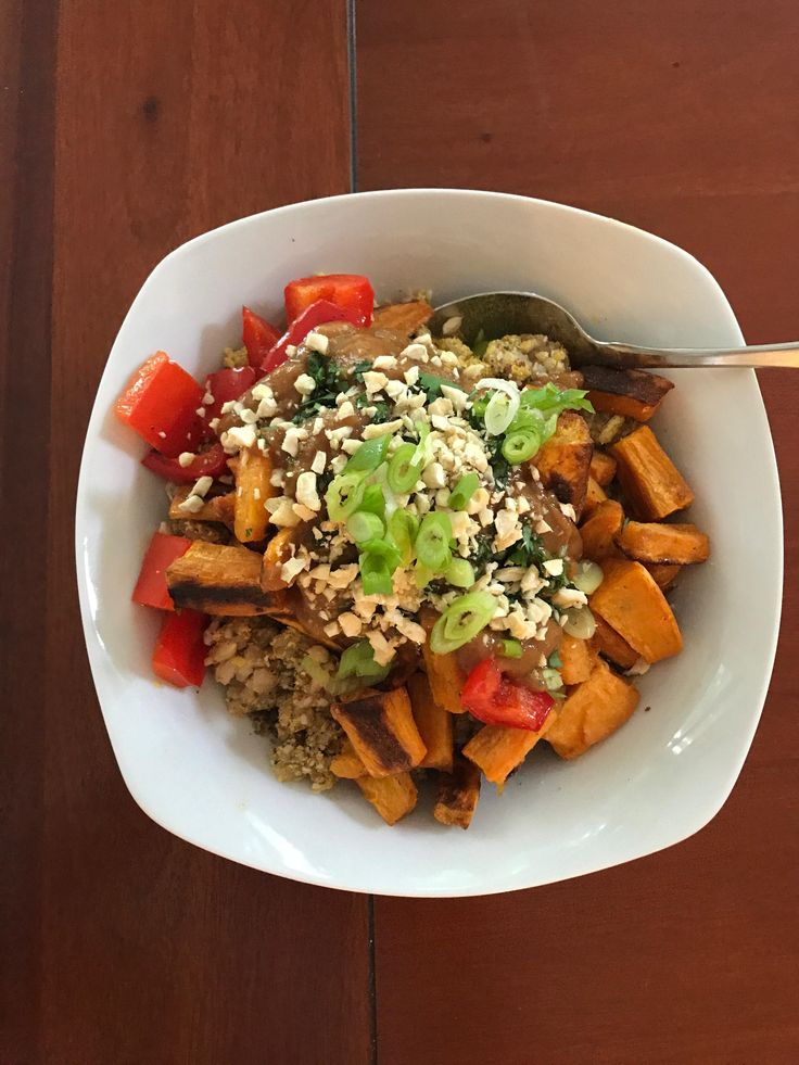 Boyfriends dad recently watched What the Health. He has since made loads of vegan treats and has put A LOT of effort into the lifestyle. Here is tonights dinner. Thai peanut sauce made from scratch roasted kumara capsicum rice  loads of flax seeds hemp hearts nutritional yeast and cashews.