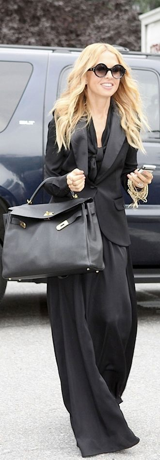 Rachel Zoe I AGREE WITH RACHEL MAXI DRESSES ARE COMFY AND LOOK GREAT ESPECIALLY ON WOMEN OVER FIFTY FOR EX. NOT ALL OF US LOOK GOOD IN SHORTS ANYMORE OR OTHER SUMMER OUTFITS BUT A MAXI DOES THE TRICK