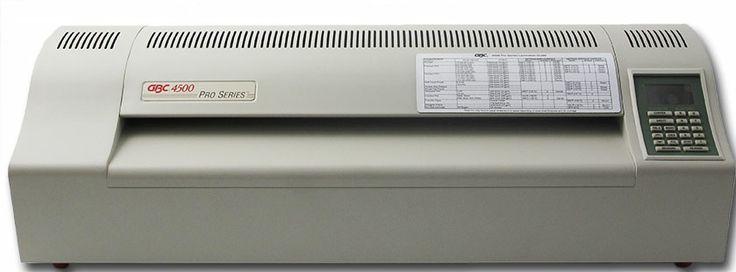 Plastifieuse pro A2 GBC 4500 Plastifieuse professionnelle A2 pour utilisation intensive, et resultats superbes à partir de tous types de documents Technologie à 4 rouleaux dont 2 rouleaux chauffants.