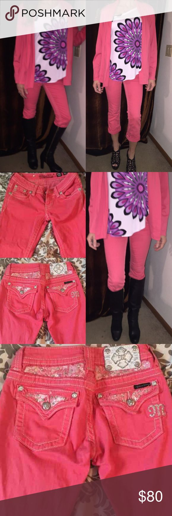 Miss me coral Capri jeans These are in perfect condition like new size 25 coral color cuffed Capri jeans Miss Me Jeans Ankle & Cropped