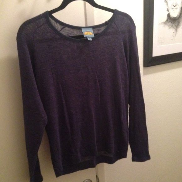 C&C California sweater, size m Very comfortable, light weight but warm. Material is soft and in great condition. Make me an offer! C&C California Sweaters