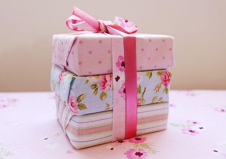 DIY - Embrulhos para deixar seus presentes ficarem ainda mais charmosos.