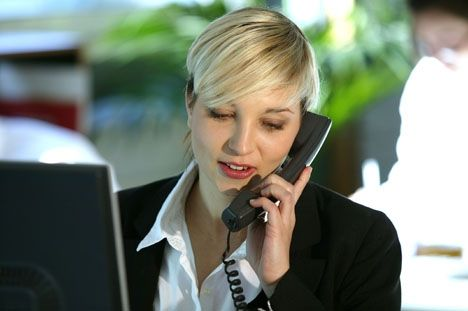 Vos commerciaux tentent souvent de joindre au téléphone des personnes... qui ne décrochent pas. Les conseils d'Emmanuel Faure, expert en performance commerciale, pour aider vos vendeurs à optimiser les messages qu'ils laissent sur les répondeurs.