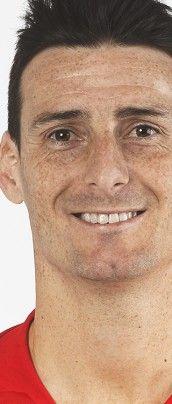 Jugador Selección nº 718 Nombre: Aritz Aduriz Debut 12/10/2015. Delantero Athletic Club Debut:  8/10/2010 España 3 - 1 Lituania