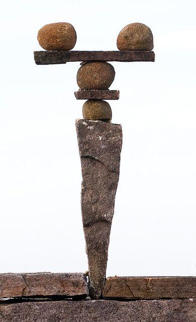 balanced stones / By 'escher is still alive' flickr