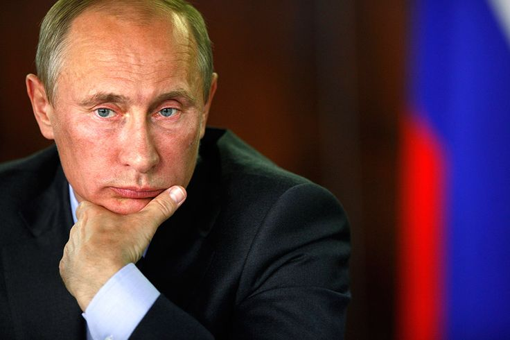 13 января 2916   Чем отличаются кремлевская и немецкая версии интервью Владимира Путина.  https://news.mail.ru/politics/24511251/