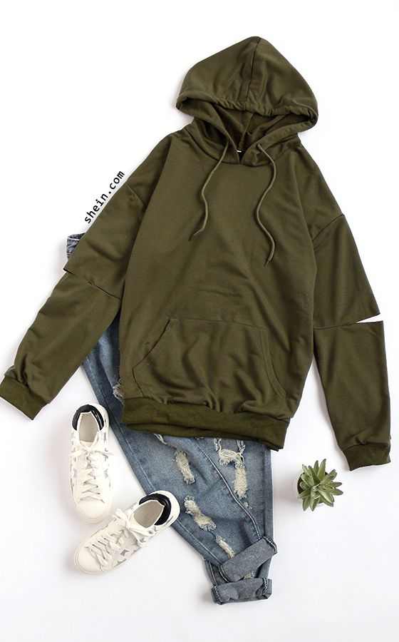Loose casual hoodie outfit.