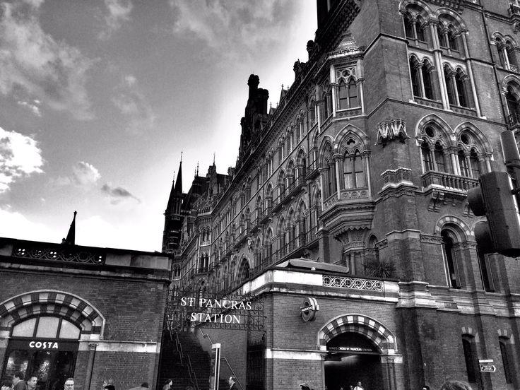 Kings Cross St. Pancras buildings #architecture