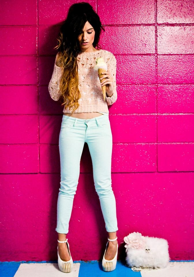 I call this the cotton-candy look. Loving the pastel colors and the pumps!     Download the free app to get the outfit! kalei.do/ #INDICOLORCOATINGCANDY #FocusonJeans® #FocusTextil