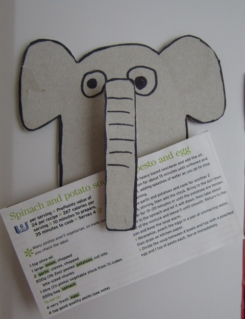 mister maker elephant peg holder