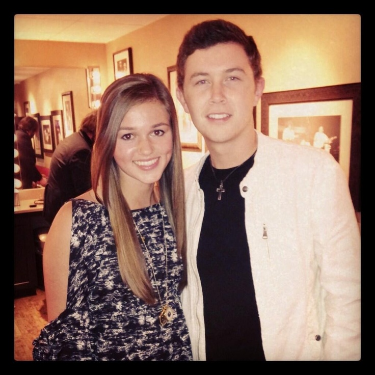 Sadie Robertson from Duck Dynasty and Scotty McCreery omg
