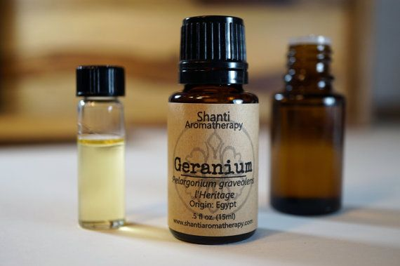 Geranium Essential Oil - Pure Essential Oil For Aromatherapy - Pelargonium graveolens