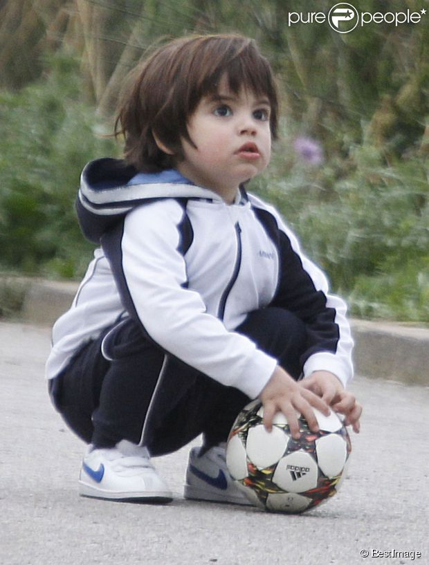 Future CB, just like Daddy :) Milan Pique