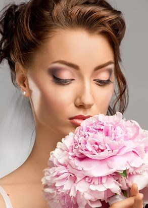 Maquillage ongle mariée - Spa AQUA Natures Dijon institut de beauté et d'esthétique.