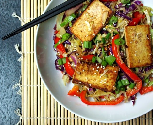 Spicy Stir-Fried Cabbage, Tofu and Red Pepper via the simple veganista