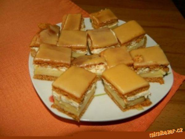 Medový krémeš s karamelovou polevou