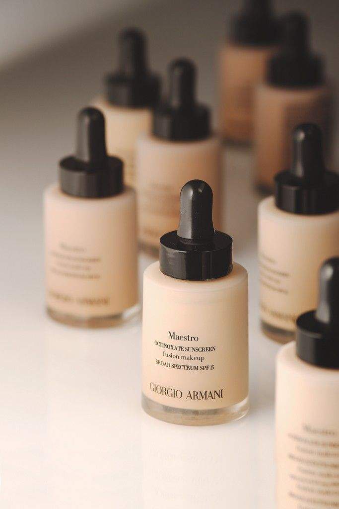 Giorgio Armani, Maestro Fusion Makeup SPF15 - Brand new!  One of the best foundations on the market!!  LOVE!!