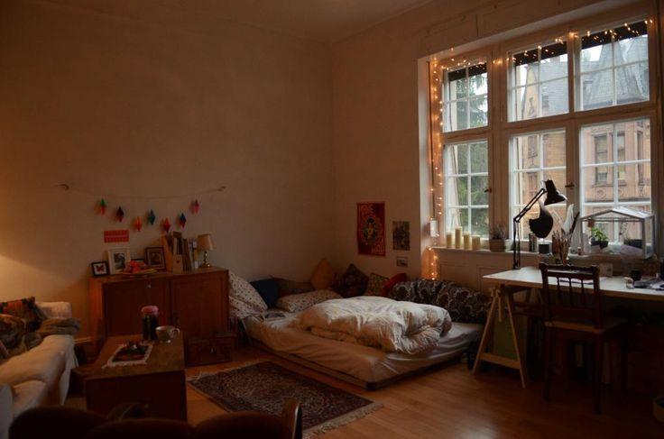 Wunderschönes Altbauzimmer mit riesigem Fenster Zwischenmiete - WG Zimmer in Freiburg-Wiehre