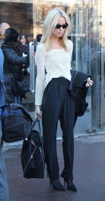 Travel Chic, Fashion Design, White Shirts, Street Style, White Outfit, Black White, Work Pants, Work Outfit, Elin Kling