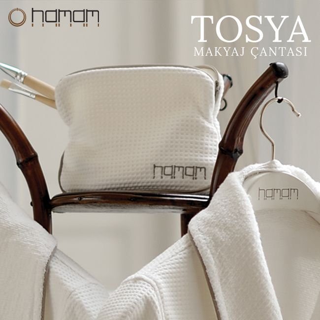 Having a design that helps you easily find your cosmetics and personal care products and elegant details, Tosya Makeup Bag will be the essential item of your trips. #hamam #hamameu #personalcare #beauty #naturalness #accessories #home #house #makeup #make-up