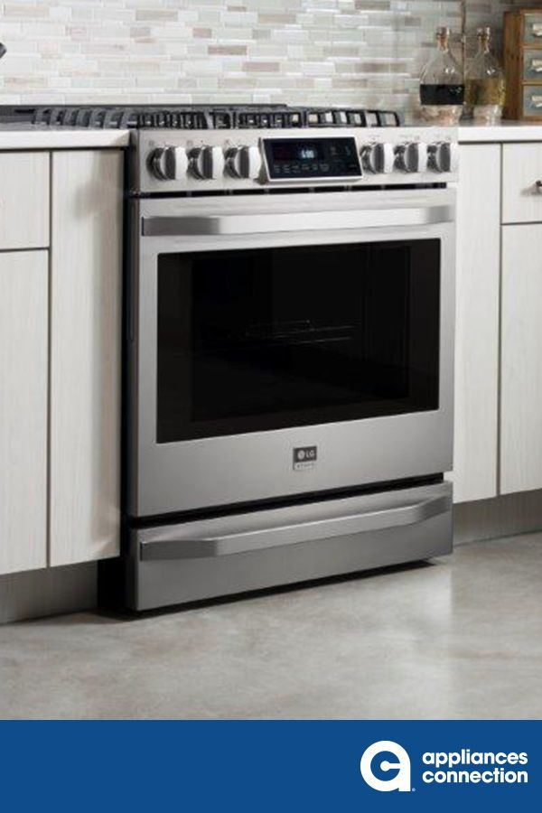 The 30 Slide In Gas Range Brings The 6 3 Cu Ft Mega Capacity Oven With Cobalt Blue Interior And 7 Rack Positions Kitchen Appliances Cool Kitchens Ge Kitchen