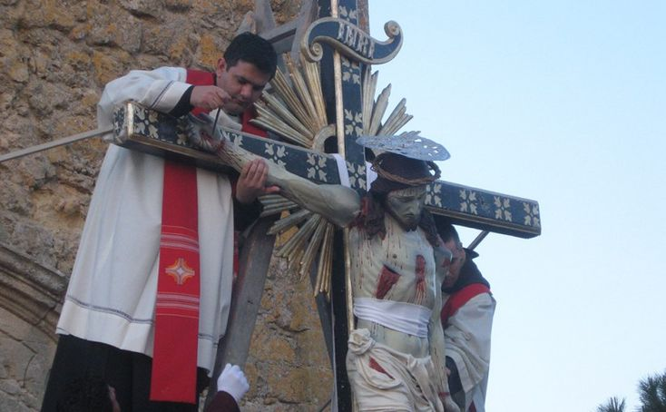holy week alghero  #alghero #sardinia #easter #Travel #HolyWeek #GoodFriday #Easter #PalmSunday #Catholic #SemanaSanta #HolyThursday