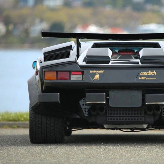1988 lamborghini countach lp5000s qv delivered new with gold wheels and. Black Bedroom Furniture Sets. Home Design Ideas