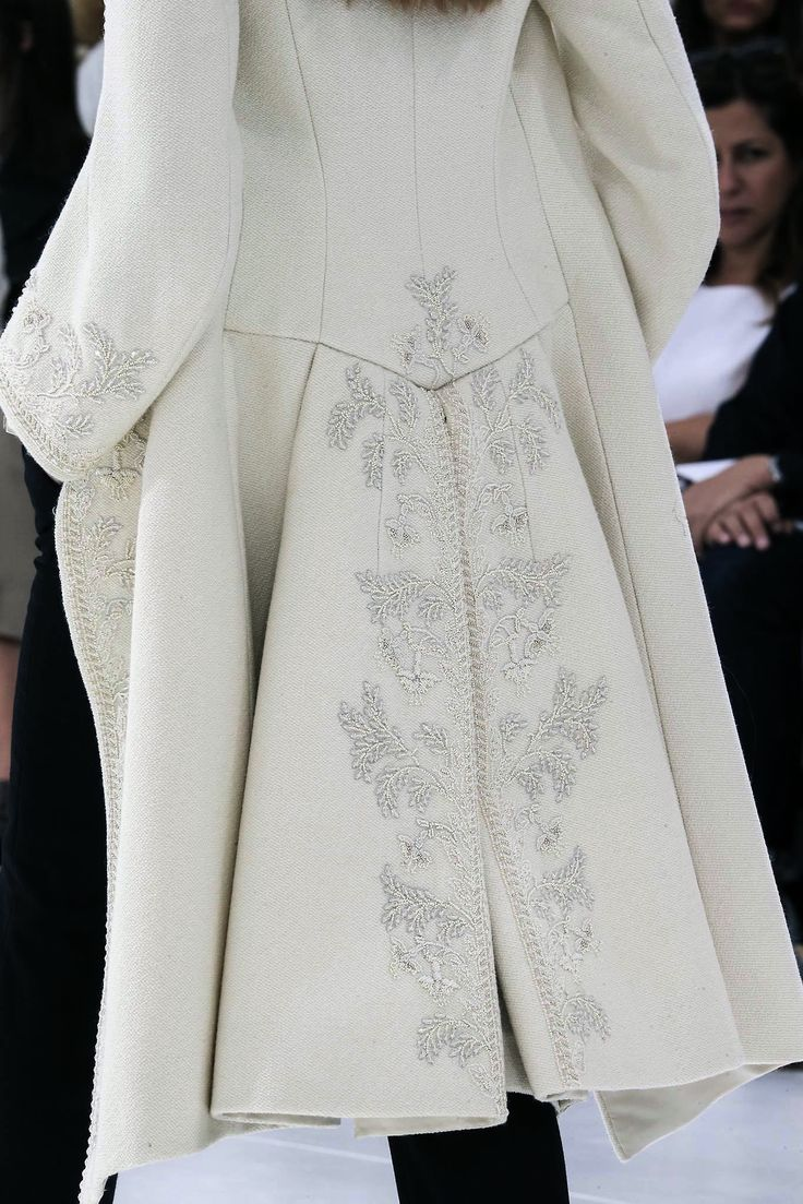 Christian Dior Fall 2014 Couture Fashion Show