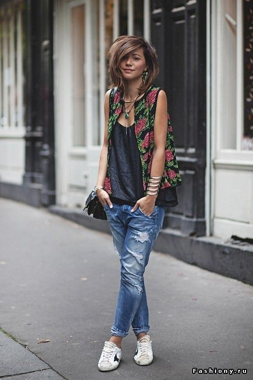 Golden Goose sneakers, boyfriend jeans, floral vest, street style, french girl style, personal style, blogger style, choppy bob