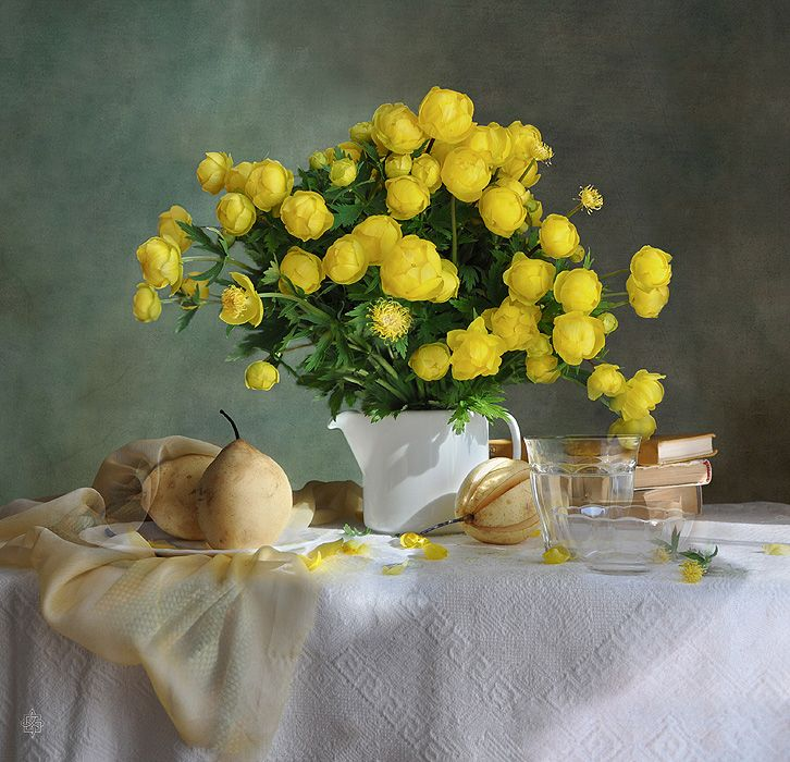 #still #life #photography • photo: купавки | photographer: Vera Ivanova | WWW.PHOTODOM.COM