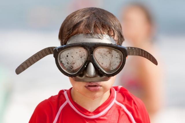 Prevent scuba diving masks from fogging. New and used scuba diving masks and…  http://divingtales.com
