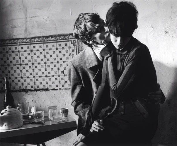 фотография Катрины известного британского фотографа Кейт Джонс (Kayt Jones), снятая на улицах Парижа в 2008 году,  черно-белая фотосессия в стиле кино 60-х годов.