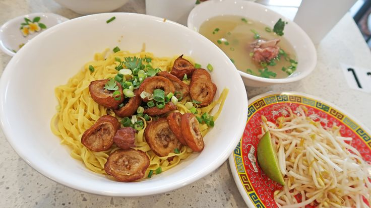 Cabramatta Eats: Battambang Cambodian Restaurant - Crispy Intestines with Noodles.