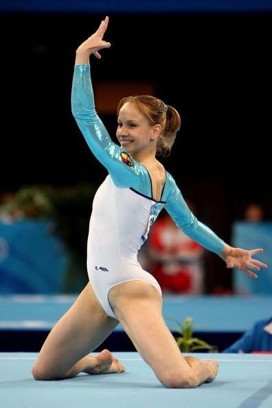 Sandra Raluca Izbasa- 2008 Beijing Olympic Gold- Floor Exercise