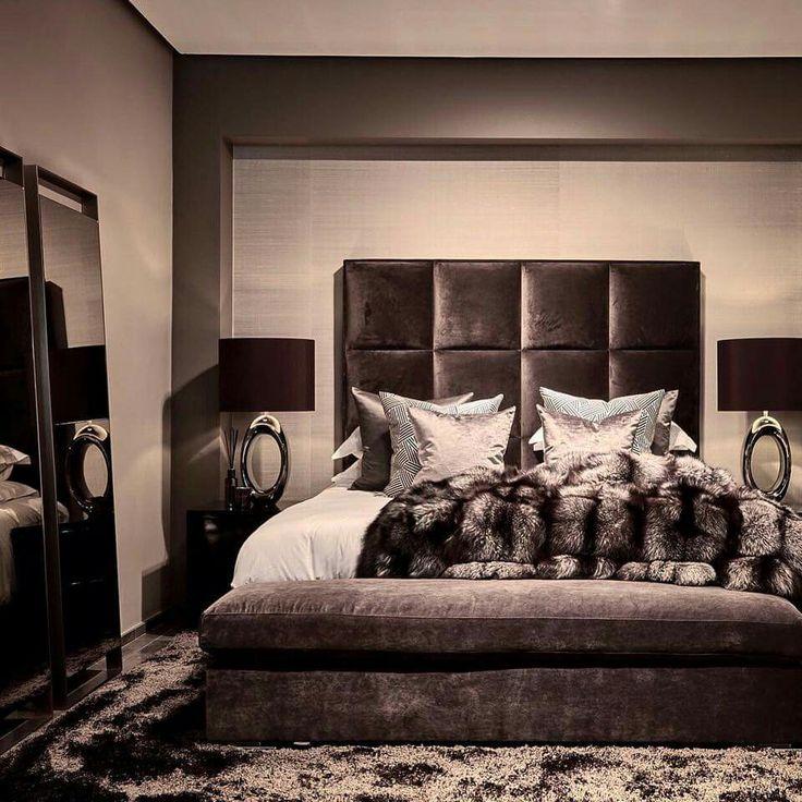 Belgium Antwerp Show Room Bed Avalon Mondrian Stout Lighting Eric Kuster Metropolitan Luxury