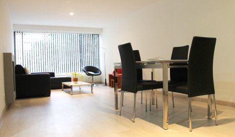 Colombia, Bogota, Chico. Espacioso y tranquilo apartamento ubicado en el sector de Chico.  http://www.colombiaexclusive.com/inmobiliaria/larenta.php?idrenta=444#!prettyPhoto