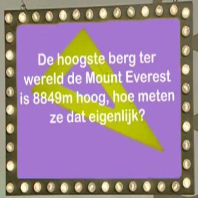 Hoe meet je de hoogte van een berg?