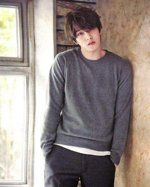 Lee Jong Hyun (cnblue)