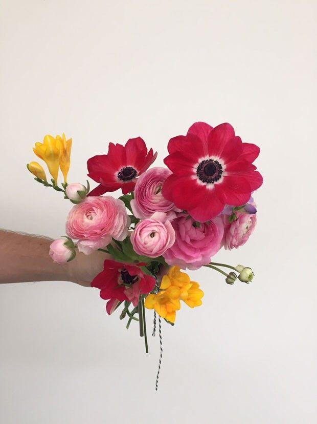 Ranúnculos: como cultivar essa flor que parece uma rosa, mas não é (Foto: Flo Atelier Botânico)