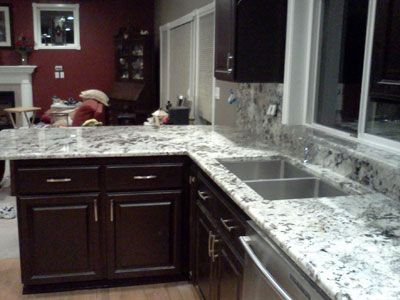 Images Of White Kitchen Countertops