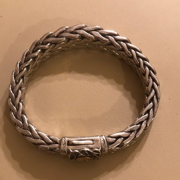 Scott Kay 750/18k and 925 Solid Silver Bracelet Like new without box heavy solid 925 silver bracelet with 750/ 23k solid accent on buckle only worn one or twice.  No scratches. Scott Kay Accessories Jewelry