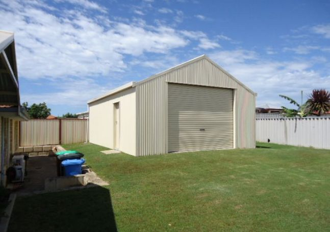 39 McGonnell Road - huge shed in back yard, double carpor
