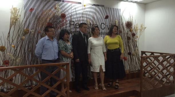 En el Registro Civil de Quito se celebraron 39 matrimonios este viernes 13 de noviembre del 2015.