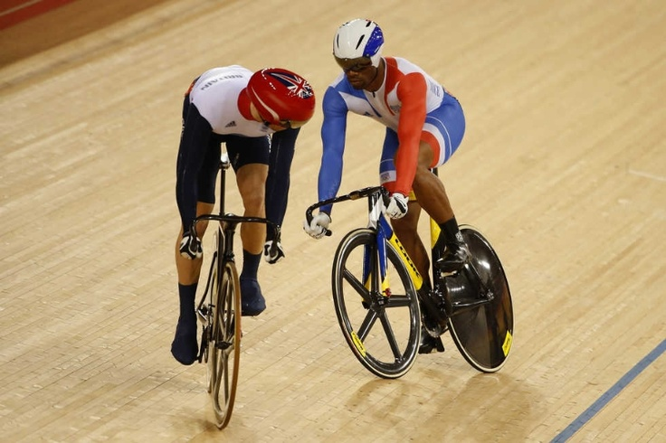 Jason Kenny of Great Britain (L) wins the second heat against Gregory Bauge of France during the Men's Sprint Track Cycling Final and wins gold on Day 10 of the London 2012 Olympic Games at Velodrome on August 6, 2012 in London, England. (Photo by Jamie Squire/Getty Images)