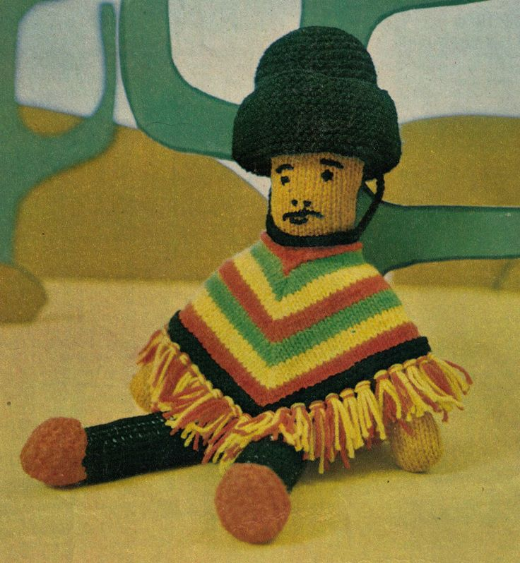 VINTAGE AROUND THE WORLD MEXICAN DOLL SOFT TOY 40 CMS TALL 4PLY KNITTING PATTERN