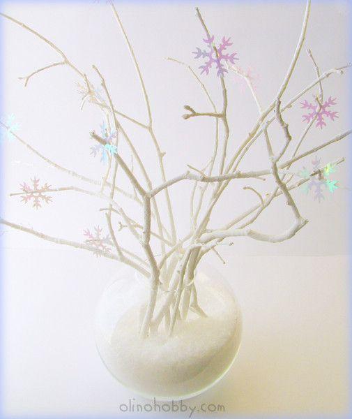 украшение из снежинок, новогодний декор из веток, украшения на новый год