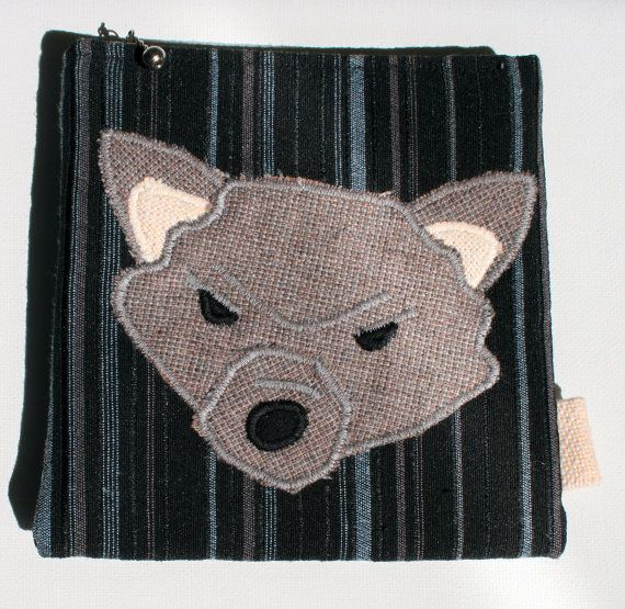 Wolf Zipper #Pouch, Handmade in Norway, Kawaii design, Quality Crafts, Make-up bag, Wallet