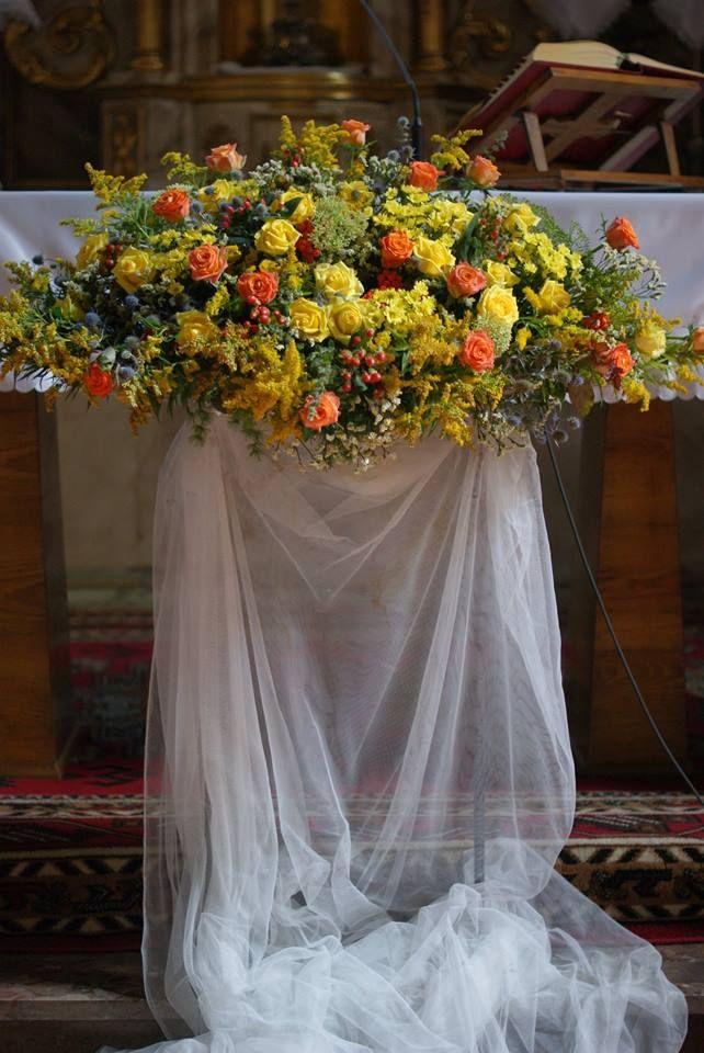 dekoracje kościoła,ślub